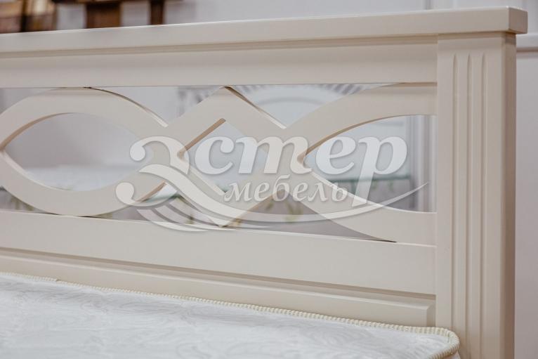 Кровать Прага из массива сосны (белая эмаль)
