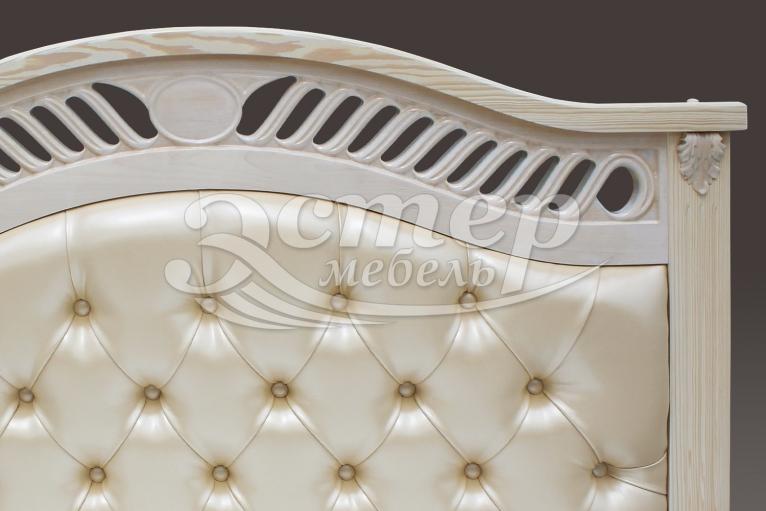 Кровать Флавия с мягкой вставкой из массива сосны