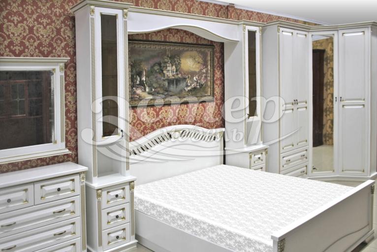 Спальный гарнитур Флавия из массива сосны