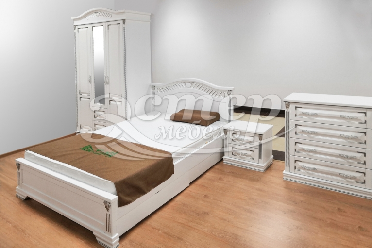 Спальный гарнитур Оливия Люкс из массива сосны